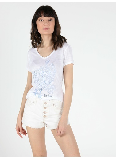 Colin's Slim Fit Standart Kol V Yaka Kadın Kısa Kol Tişört Beyaz